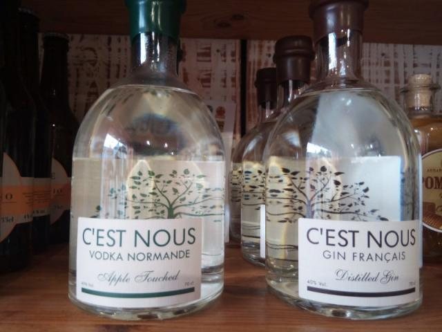 Gin et voka made in Normandie